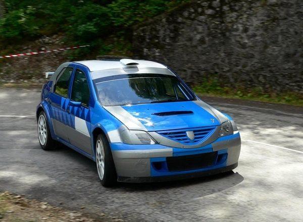 рено логан s2000 Dacia Logan