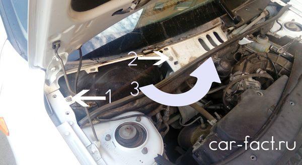 Замена салонного фильтра Гранта двигатель